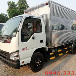 Bán xe tải isuzu 1.9 tấn thùng kín màu trắng