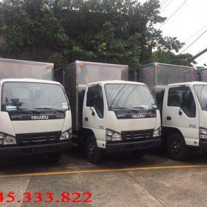 Xe tải isuzu QKR77H Thùng kín, tải trọng 2.4 tấn, thùng dài 4.3 mét