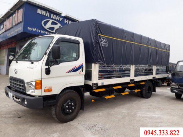 xe tải hyundai Hd120sl tải trọng 8 tấn, xe màu trắng, thùng mui bạt, dài 6.3 m