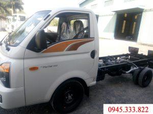 Xe tải Hyundai porter H150 màu trắn, cabin - chassi xe