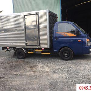 Bán xe tải hyundai H150 thùng kin lắp ráp tại Việt Nam